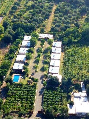 Una vista aérea de Cabañas Las Viñas