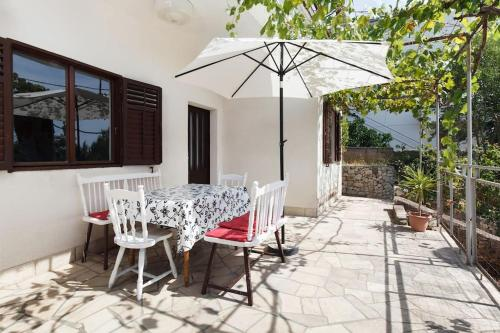 A porch or other outdoor area at Villa Reminiscence