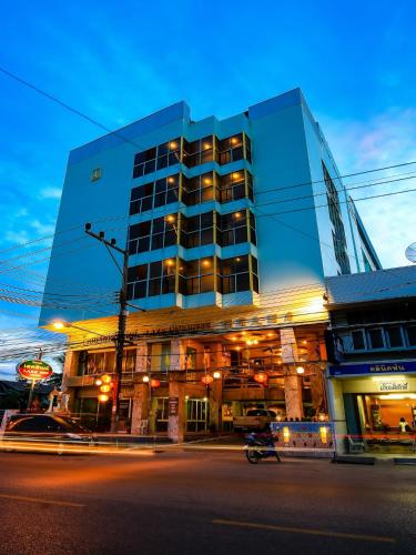 Lake Inn Hotel Songkhla Thailand Booking Com