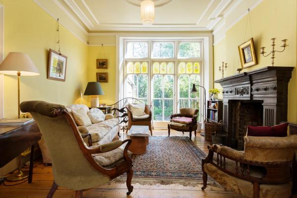 Four Bedroom House in Islington in London, Greater London, England