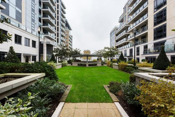 Two Bedroom Apartment in Fulham in London, Greater London, England