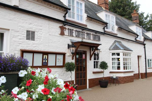 Coffee Pot Tavern in Potterspury, Northamptonshire, England