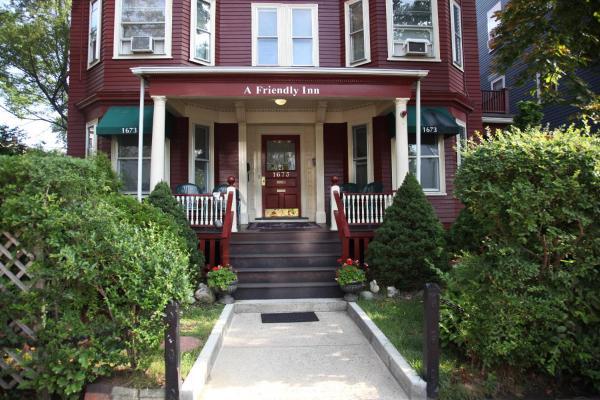 A Friendly Inn At Harvard Cambridge