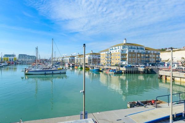 Sea View Apartment Brighton Marina in Brighton & Hove, East Sussex, England
