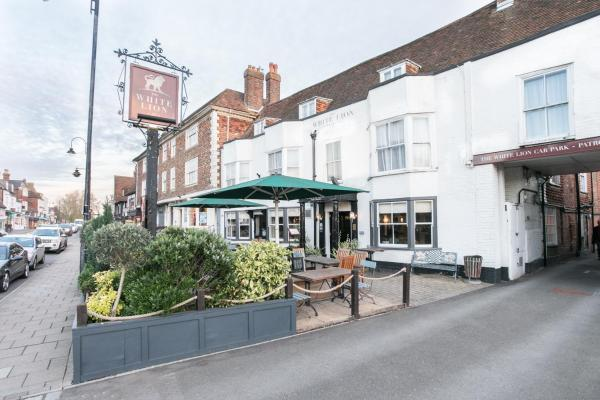 The White Lion in Tenterden, Kent, England