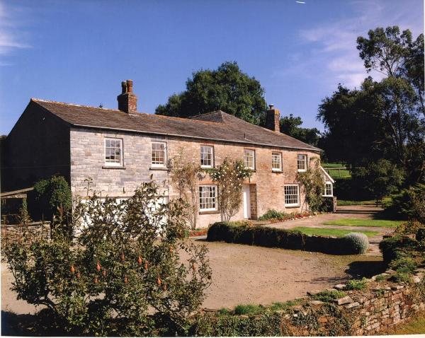 Park Farmhouse Bed and Breakfast in Washaway, Cornwall, England