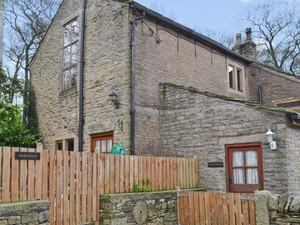 Marl Farm Cottage in Hayfield, Derbyshire, England
