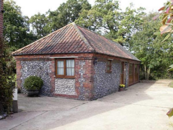 Orchard Cottage in Aylmerton, Norfolk, England