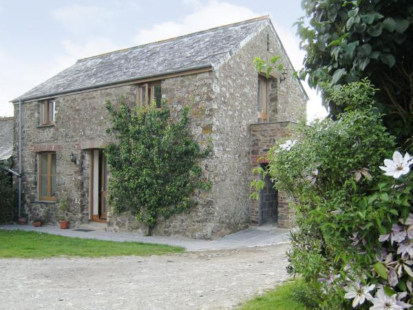 Peartree Cottage in St Mellion, Cornwall, England