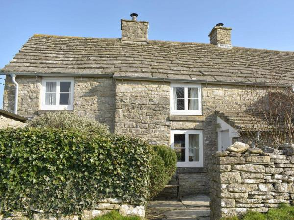 Mulberry Cottage in Swanage, Dorset, England