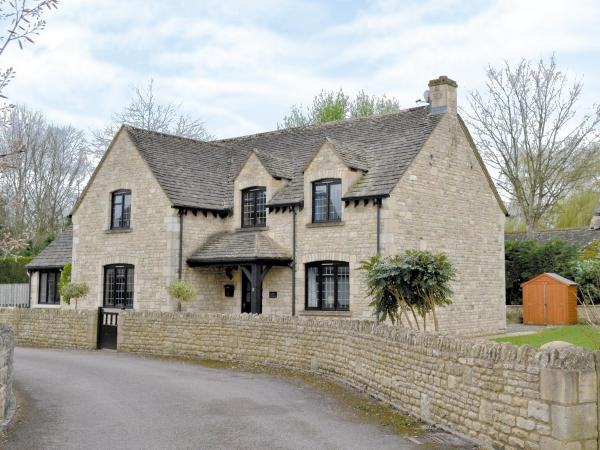 Harley Cottage in Lower Slaughter, Gloucestershire, England