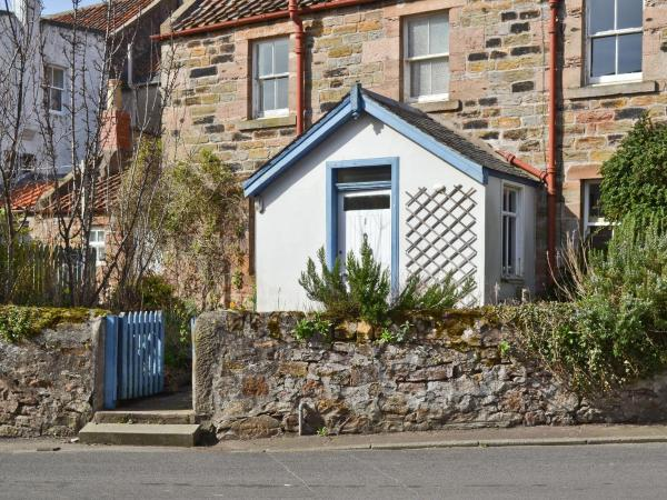 Sands Cottage in Crail, Fife, Scotland