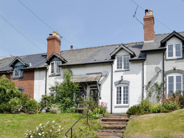 Clee View Cottage in Farden, Shropshire, England