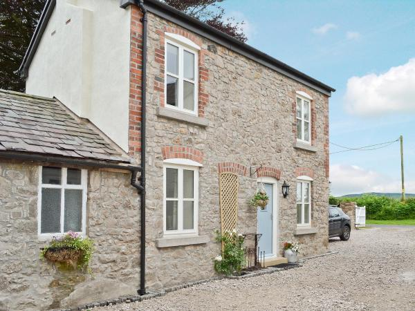 Donadea Cottage in Caerwys, Flintshire, Wales