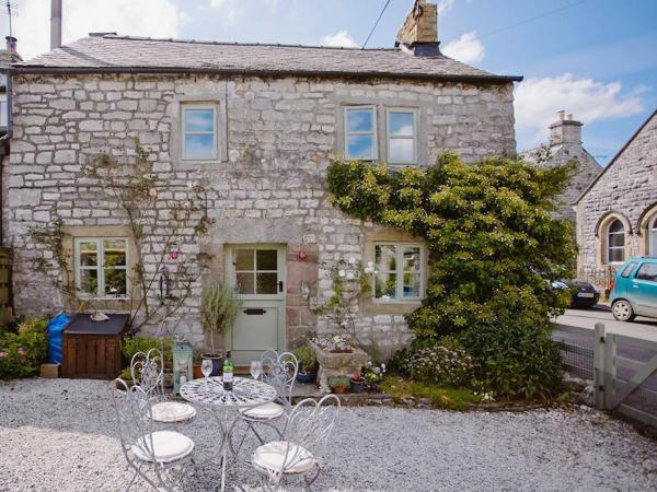 Crosse Chance Cottage in Taddington, Derbyshire, England