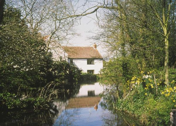 Maxmills Cottage in Winscombe, Somerset, England