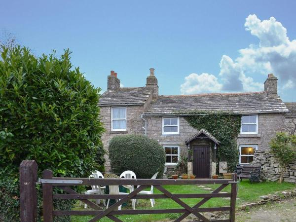 Courtfield Cottage in Langton Matravers, Dorset, England