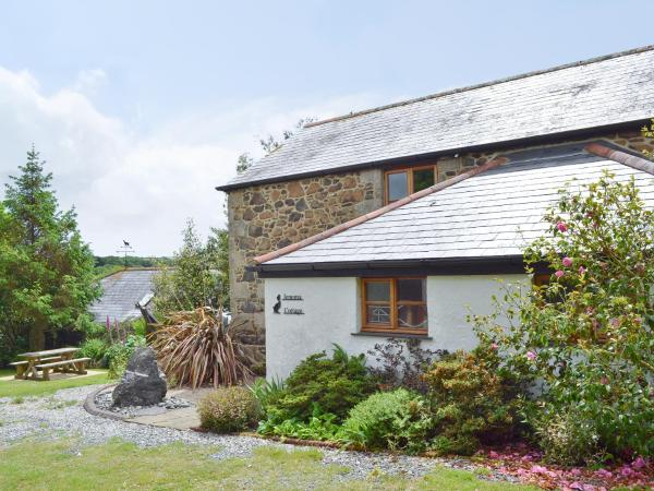 Jemima Cottage in Coverack, Cornwall, England