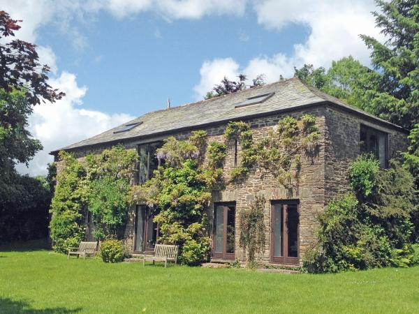 The Barn in North Hill, Cornwall, England