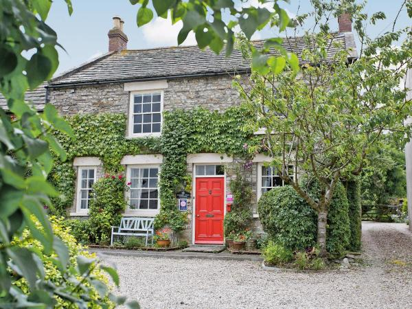 Cherry Tree Cottage in Leyburn, North Yorkshire, England