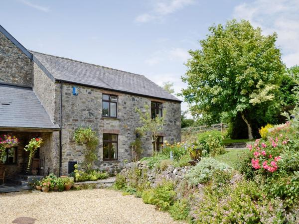 Lower Mill Cottage in Marytavy, Devon, England