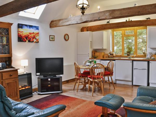 High House Holiday Cottages 1 in Hooe, East Sussex, England