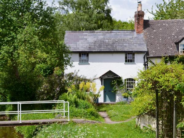 Brook Cottage in Eardisley, Herefordshire, England