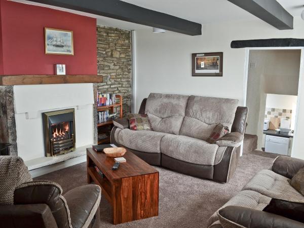 Dunromin Cottage in Darwen, Lancashire, England