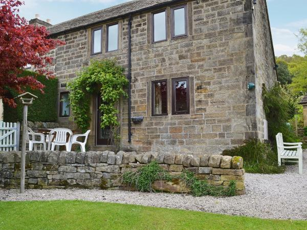 Woodside Cottage in Great Rowsley, Derbyshire, England