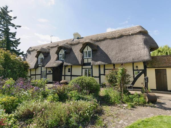Glebe Cottage in Powick, Worcestershire, England
