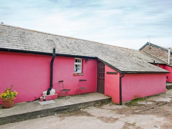 Cowshed Cottage in Abergavenny, Monmouthshire, Wales