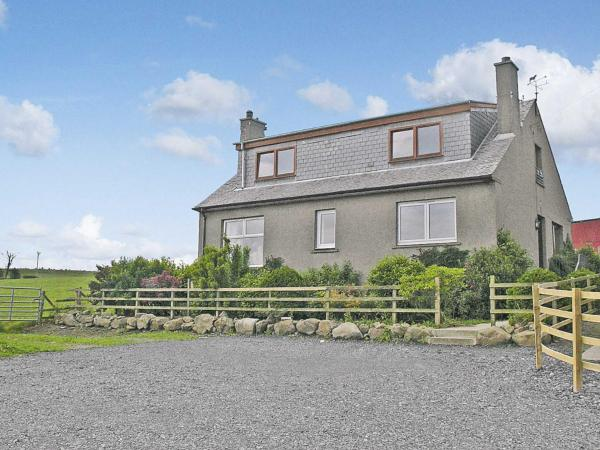 Bankhead Farm Cottage in Aberdour, Fife, Scotland