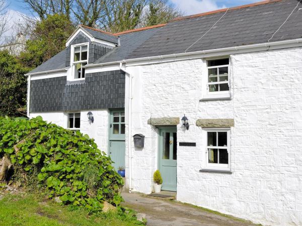 Riverside Cottage in Marazion, Cornwall, England