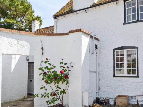 Rose Tree Cottage in Boxgrove, West Sussex, England