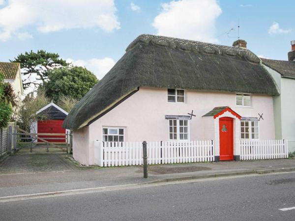 The Old Thatch in Christchurch, Dorset, England