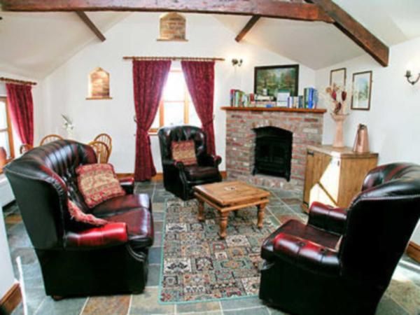 Parlour Cottage in Evershot, Dorset, England