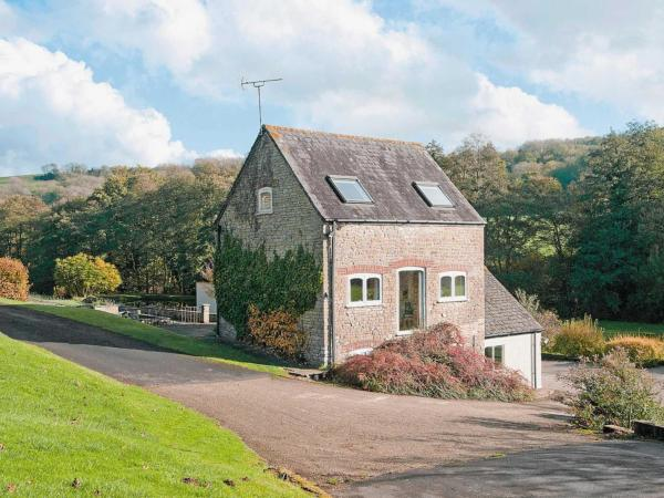 Hill Mill Cottage in Didmarton, Gloucestershire, England