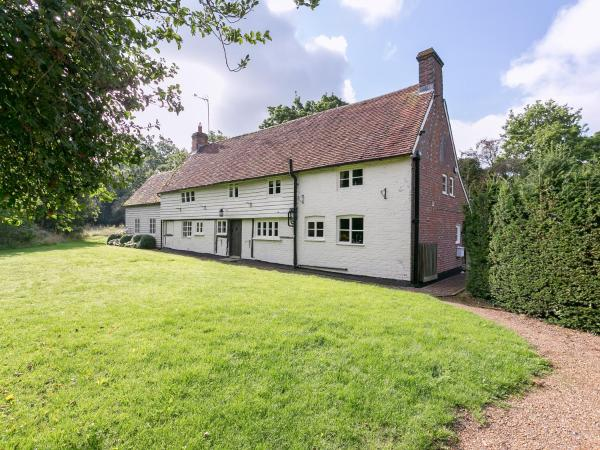 Pound Cottage in Kirdford, West Sussex, England