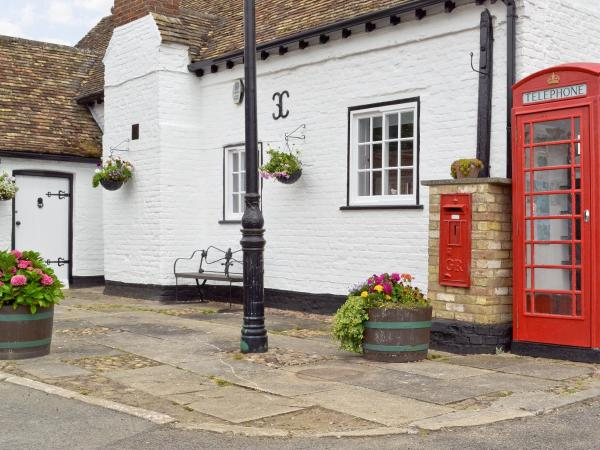 Cromwell Cottage in Ellington, Cambridgeshire, England