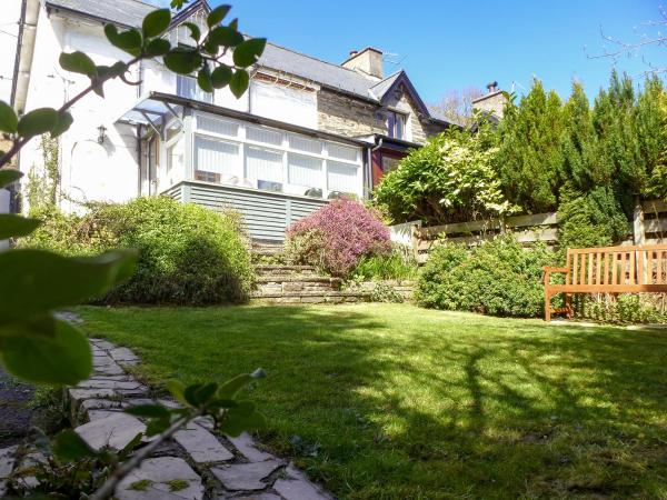 Meredith Cottage in Dolwyddelan, Conwy, Wales