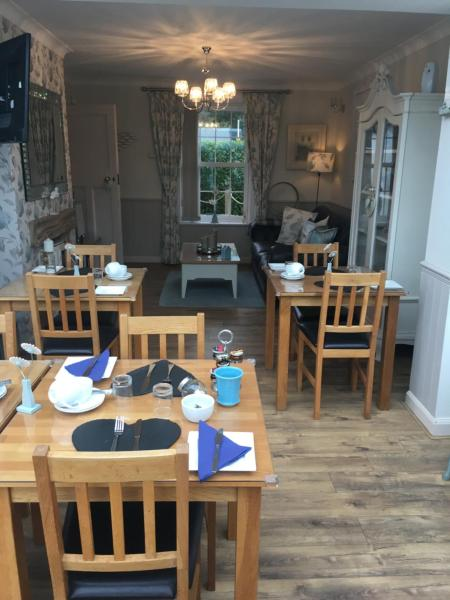 Downsfield Bed and Breakfast in Carbis Bay, Cornwall, England