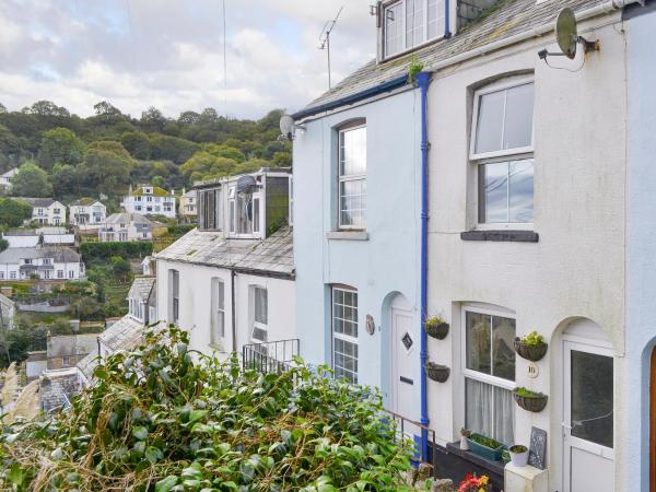 Puffin Cottage in Looe, Cornwall, England