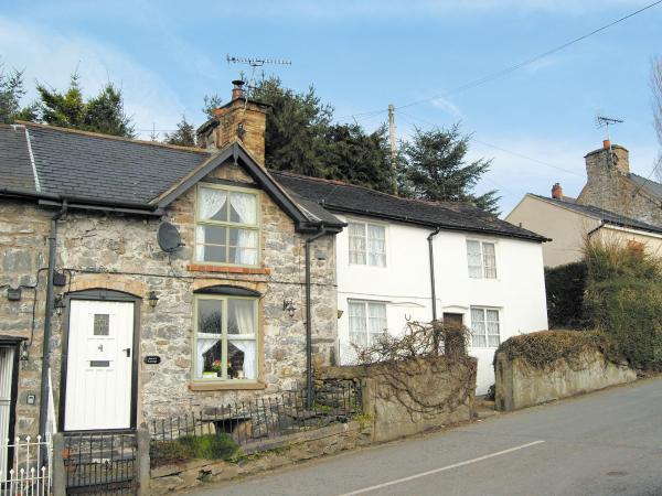 Annie'S Cottage in Llanrhaeadr-ym-Mochnant, Powys, Wales