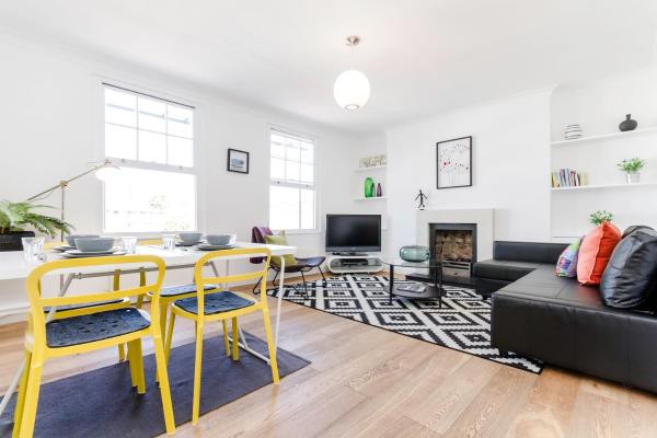 3 Bedroom Apartment in Shoreditch in London, Greater London, England
