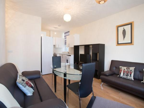One Bedroom Flat Harrow 42B in London, Greater London, England