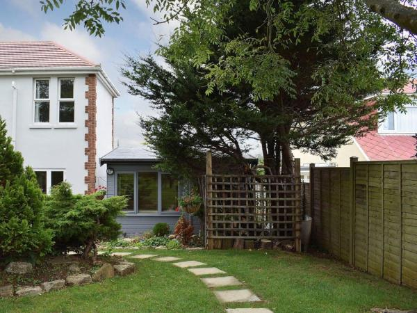 Apple Tree Cottage in Sandown, Isle of Wight, England