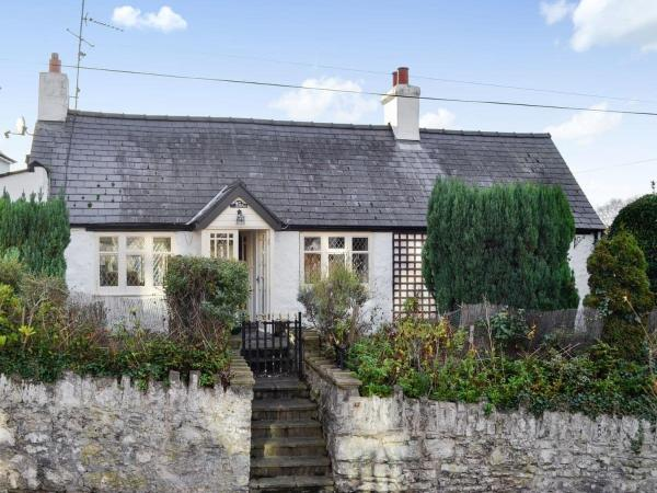 Lilac Cottage in Prestatyn, Denbighshire, Wales