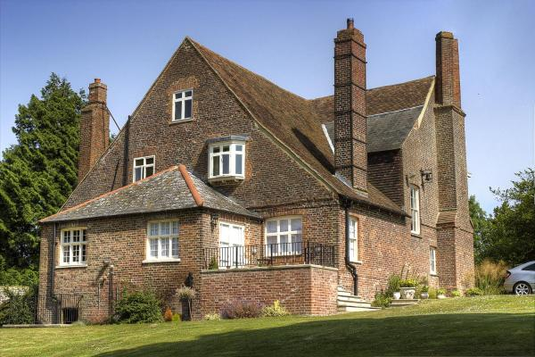 Goss Hall Bed & Breakfast in Sandwich, Kent, England