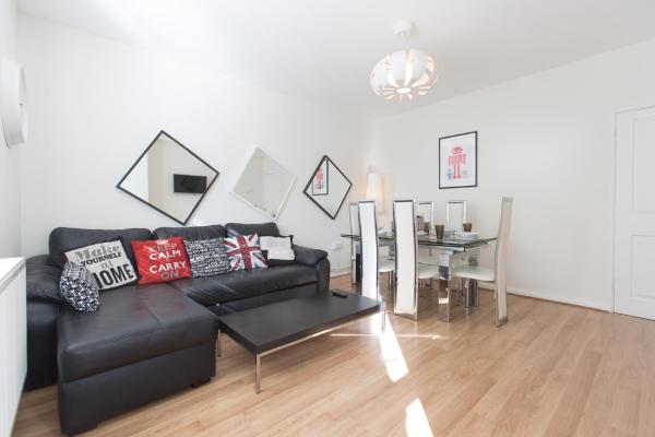 3 Bed Apartment Zone 1 Central London in London, Greater London, England