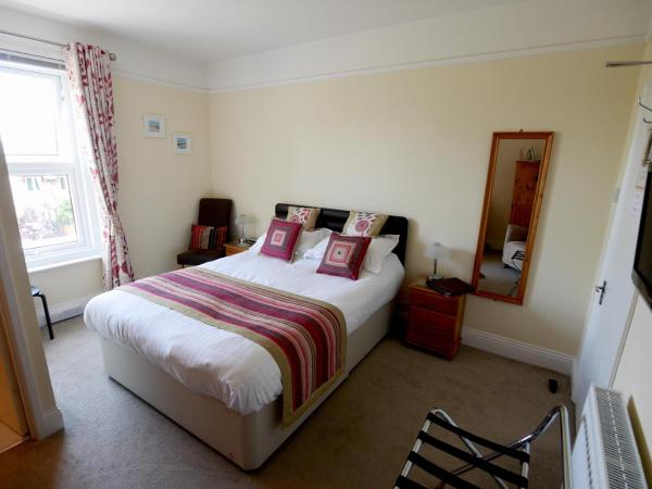 Stour Lodge Guest House in Christchurch, Dorset, England